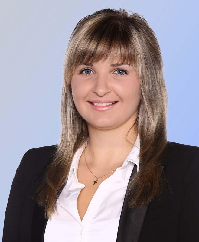 Elena Mengel