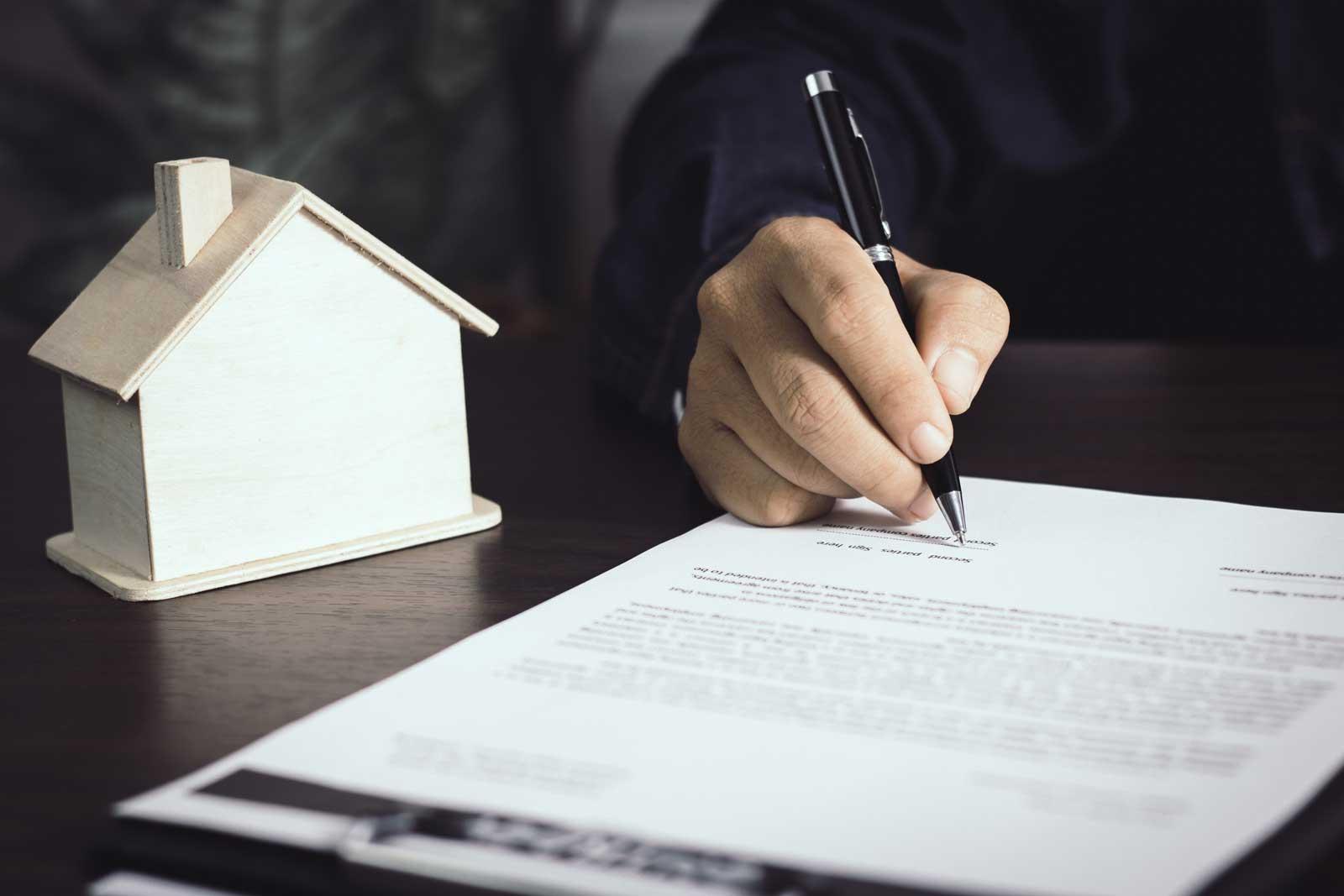 Merz Immobilien Unterschrift